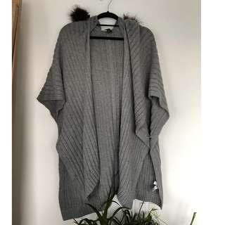 Banana Republic Grey Knit Hooded Sweatrer with Faux Fur Trim