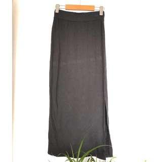 Jacob Black Maxi Skirt with a Side Slide