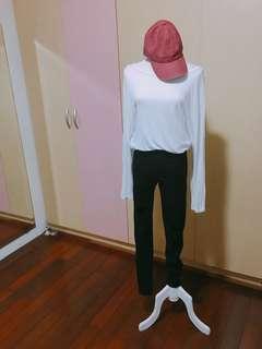 🚚 韓版白色性感上衣
