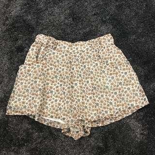 h&m floral short
