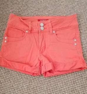 womens GUESS orange peach DENIM cuffed SHORTS 6 stetch denim
