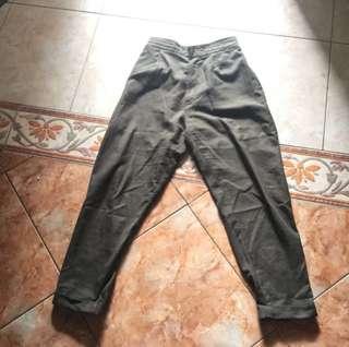 Greeny pants
