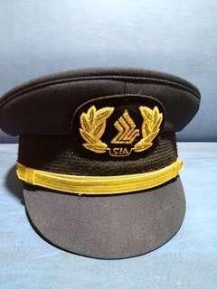 SIA PILOTS PEAK CAP