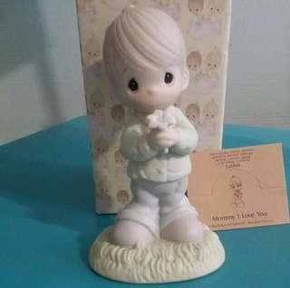 Precious Moments Boy Figurine : Mommy I Love You