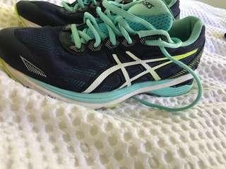 Size 7 and a half ASICS
