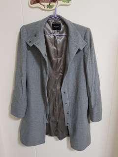 G2000 grey trench coat