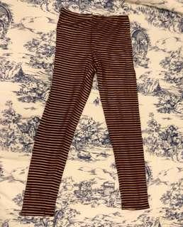 OLD NAVY maroon leggings fitting 14 years old