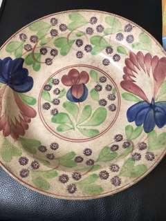 Pinggan ( plate ) antiK - lama