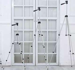 INSTOCK Portable & Foldable tripod Stand