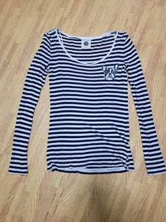🚚 Striped Long Sleeve Top