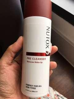 Nutox make up remover