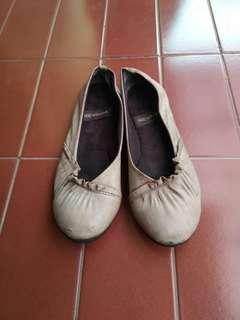 Nevada flatshoes #prelovedwithlove