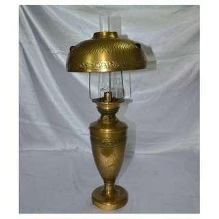 ANTIQUE VINTAGE LARGE FRENCH SOLID BRASS OIL LAMP WITH CHIMNEY/SHADE