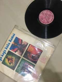 LP lagu suka orang ramai piring hitam Rare