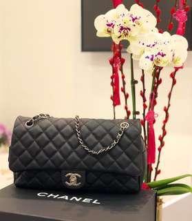 ❤️Superb Deal!❤️ Full Set! Chanel Easy Caviar Jumbo Flap in Black Caviar SHW.