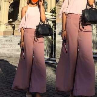 Auth💯Tomato Culottes Flare ( Retails at 2,100)