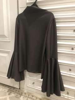 Epershand dark grey top