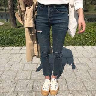 🚚 正韓 激瘦割破褲 s