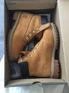 Timberlands Ladies size 36