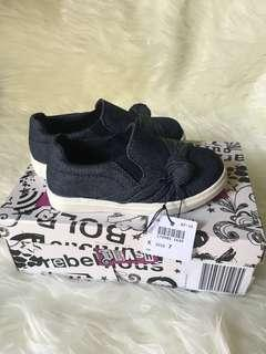 Sepatu anak perempuan merek payless size 7 (13-14 cm)