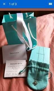 authentic tiffany and co clover with diamond necklacd