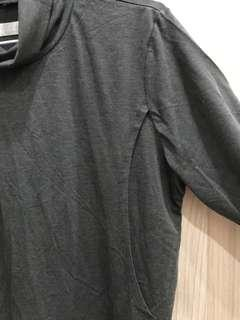 麗嬰房高領保暖哺乳衣/孕婦裝