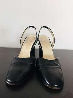 Maxmara middle high heels