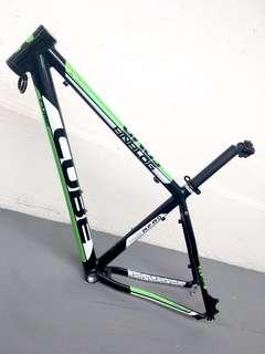 Used Bicycle Components — CUBE frame