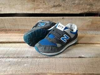 Sepatu Second Anak New Balance Kids Original Size 33,5 Kondisi Mulus No Minus Murah