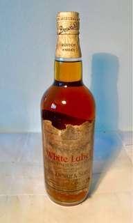 Scotch Whisky - White Label ( Vintage Bottle )