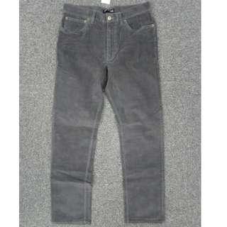 $180靚價入手!J.Crew Factory鐵灰色彈性時尚straight fit薄身燈芯絨褲