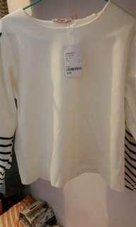 mapIe白色 短身 長袖 T shirt