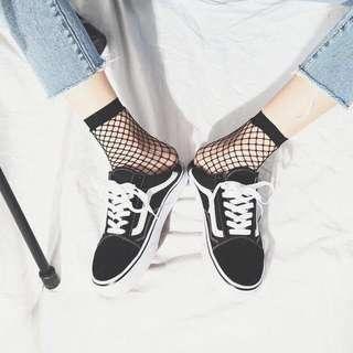 ulzzang black fishnet socks