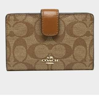 Brand new coach wallet for ladies