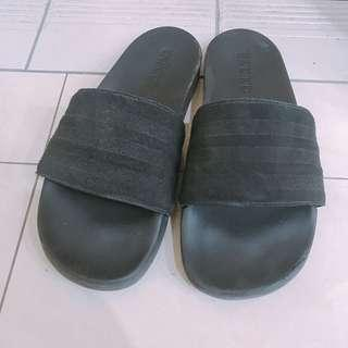 🚚 Adidas 愛迪達 拖鞋 軟 麂皮 24碼 ~ 25碼