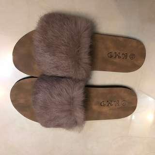 (細一碼)啡色毛毛拖鞋 涼鞋