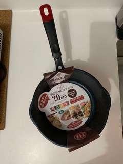 Non- stick wok