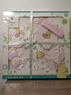 Winnie the Pooh Baby Girl 13 Pcs Gift Set