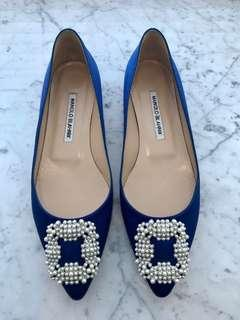 Authentic Brand New Manolo Blahnik Hangisi Satin Flats 38.5