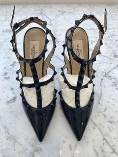 Authentic Brand New Valentino Rockstud Pumps 37.5