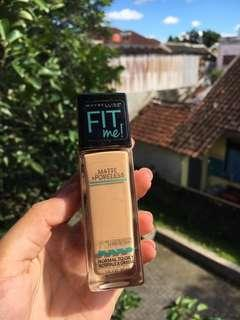 Maybelline Fit Me Foundation No.220