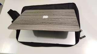 🚚 2014 Macbook Pro 15吋 i7/16G/256G 9成新 都套殼使用 功能正常順暢