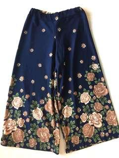Navy Blue Floral Stetchy Flowy Pants