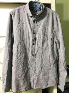 H&M divided grey shirt