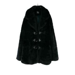 🚚 【TOKO】牛角扣飾 黑色 仿皮草短大衣外套