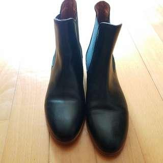 "99% NEW - ""& Other Stories"" Leather Chelsea Boot with Gold Metal Heel"