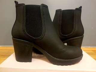 Boohoo Chunky Black Boots