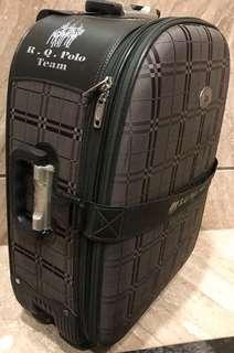 polo行李箱22吋