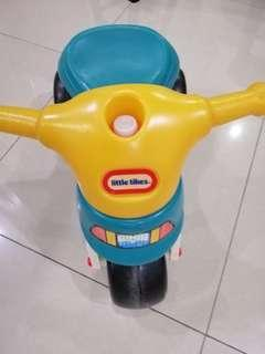 Little Tikes ride on scooter