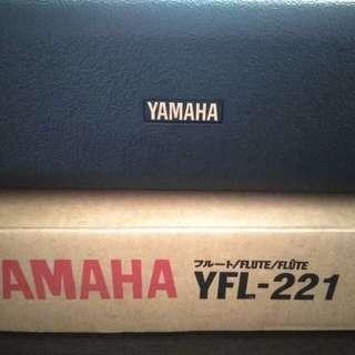 Old Stock New Yamaha YFL-221 Flute